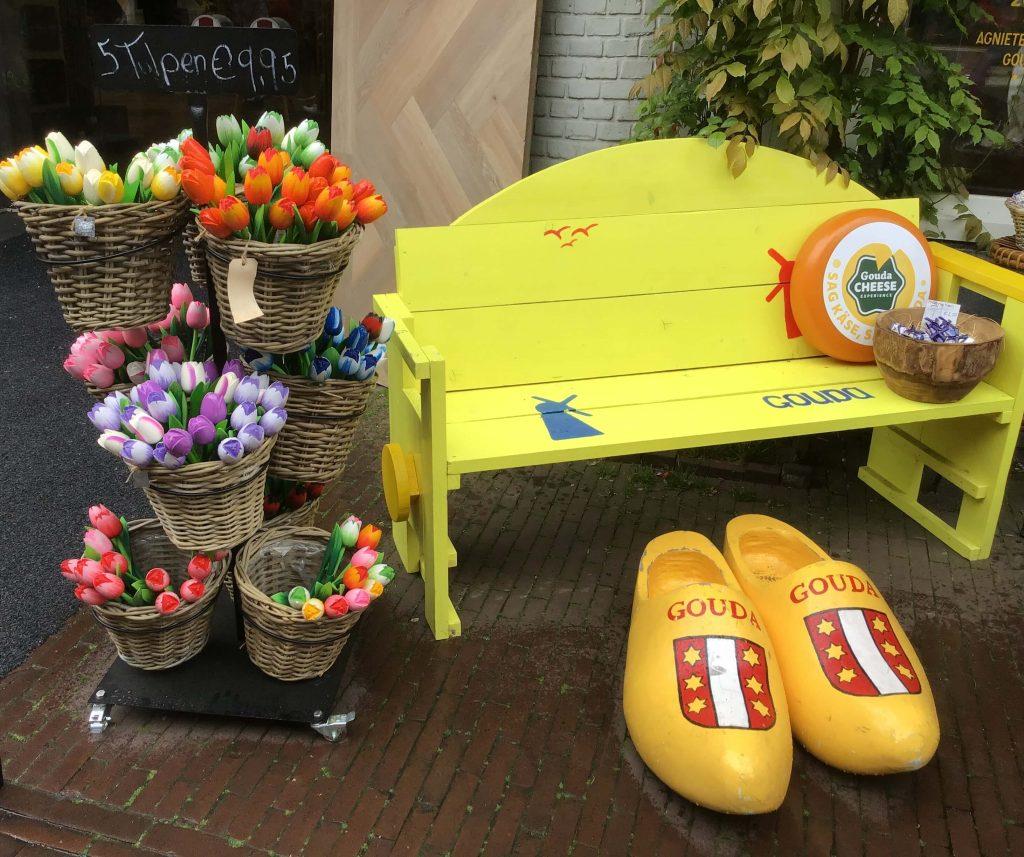 Tulipany, wiatraki i sery - Holandia